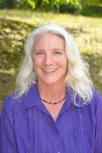 Catherine Rohweder Headshot